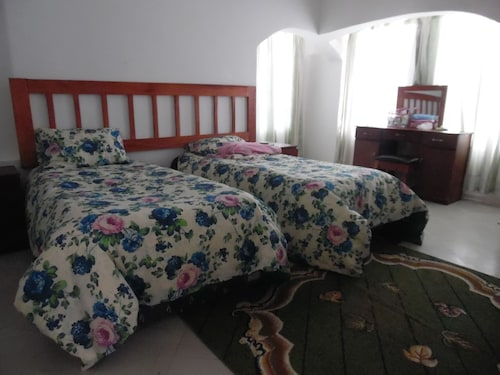 Mayo Cottage 3Bedrooms Greendale, Harare