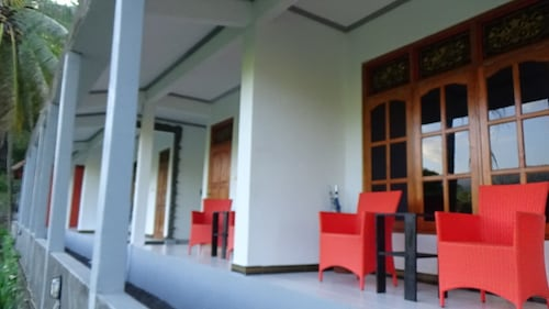 Lotus Guesthouse Sudaji, Buleleng