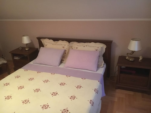 Kairos Rooms,