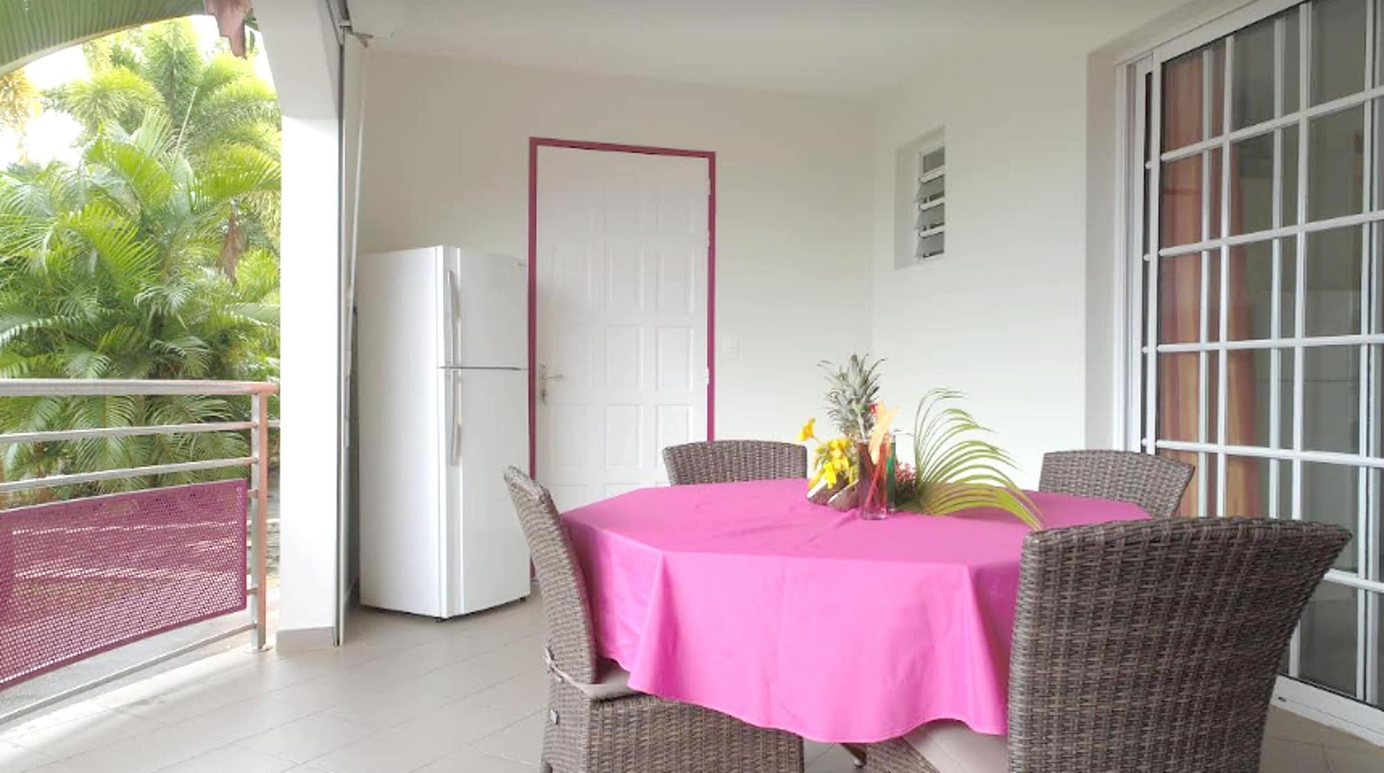 Apartment With one Bedroom in Sainte-luce, With Pool Access, Furnished, Basse-Pointe