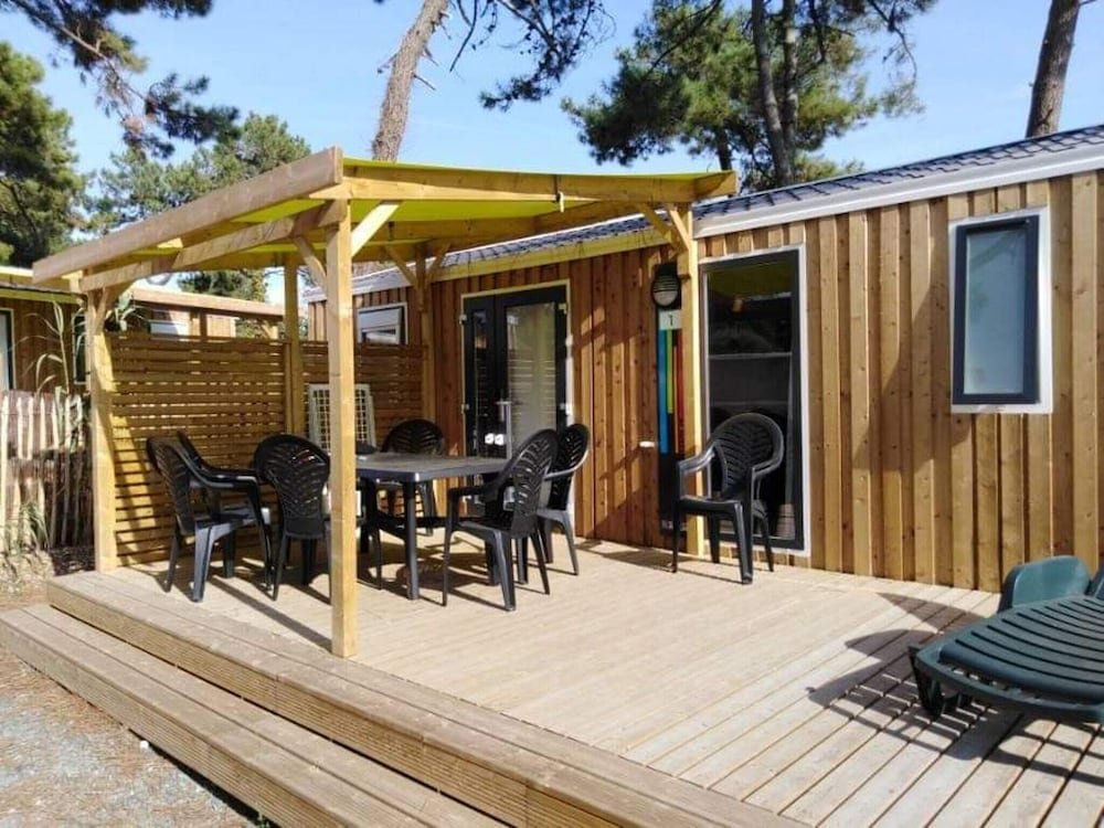 Property With 3 Bedrooms in Sainte-marie-de-ré, With Pool Access, Furnished Garden and Wifi - 300 m
