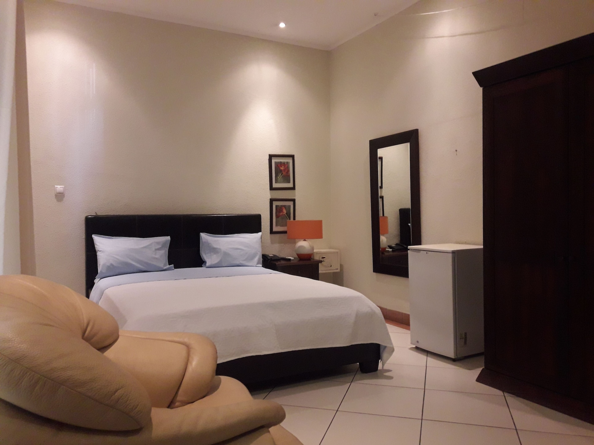 Downtown Marginal Guest House, Maianga