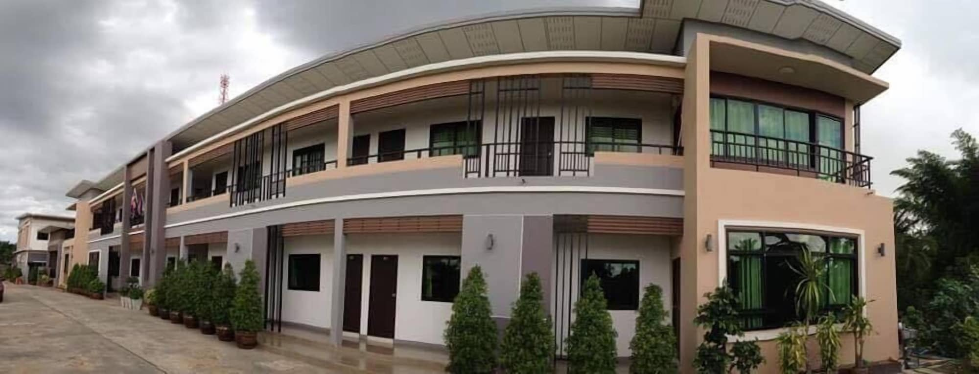 Athomepakham Hotel, Pa Kham