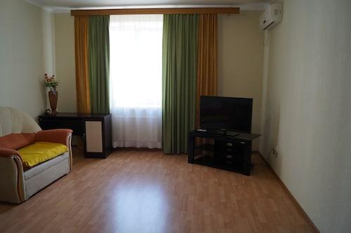 Apartment on Vokzalnaya 51A-1, Ryazan'