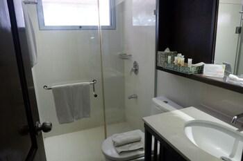 CASITA BY COSTA Bathroom