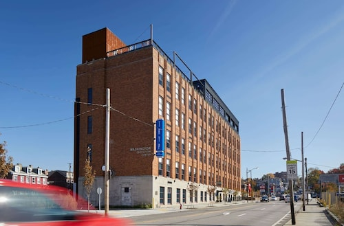 . TRYP by Wyndham Pittsburgh/Lawrenceville