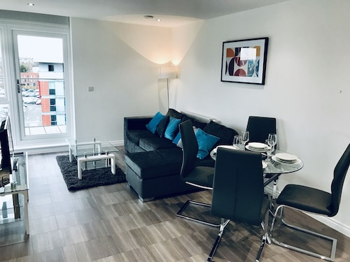Oasis Apartments, Hertfordshire