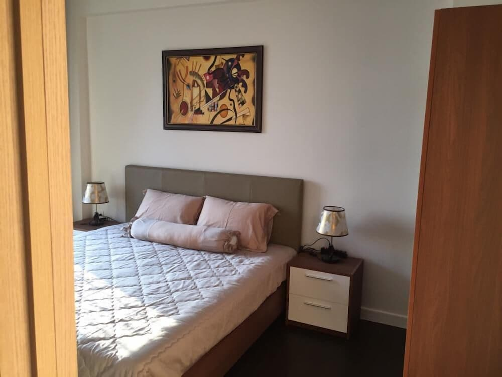 Hung Phat 2 Silver Star Apartment Room TNT