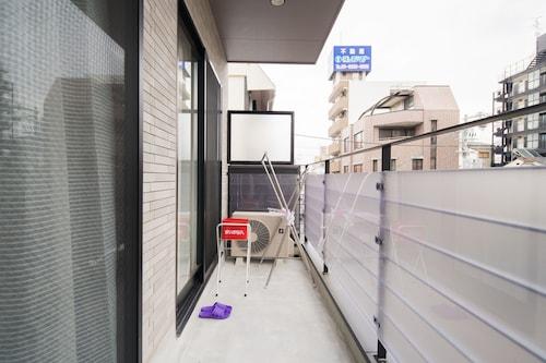 Beauty Villa Tengachaya 102, Osaka