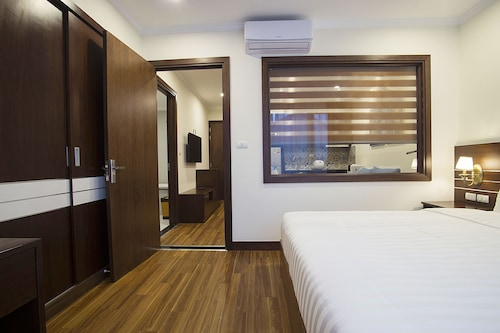 Newsky Serviced Apartment, Cầu Giấy