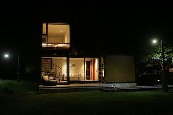 CALA LAIYA Front of Property - Evening/Night
