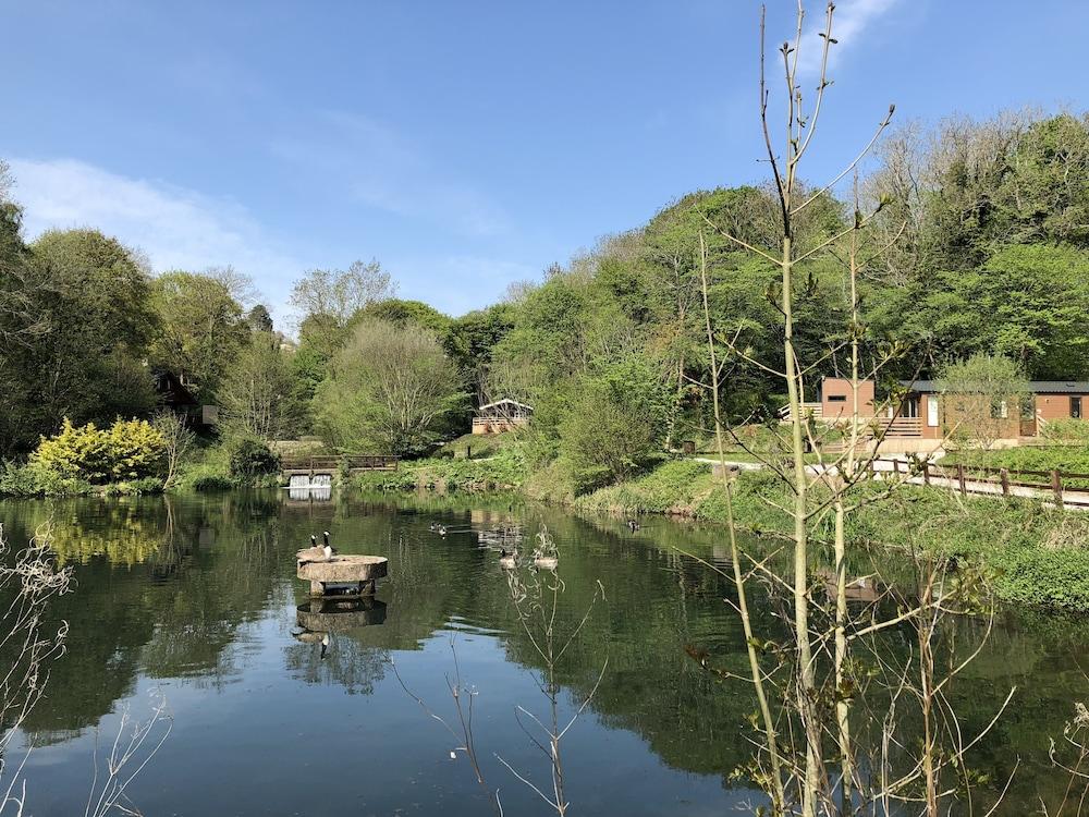 Herons Lake Retreat