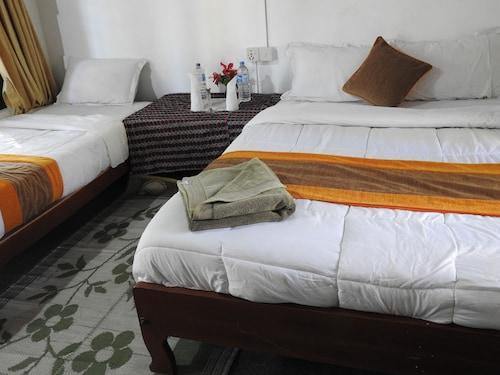 Rhino Lodge Bardia, Bheri