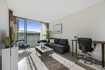 Hotel - Full Darling Harbour View Luxury 2 Bedroom Apartment