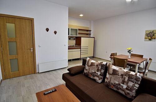 . Stela Deluxe Apartments