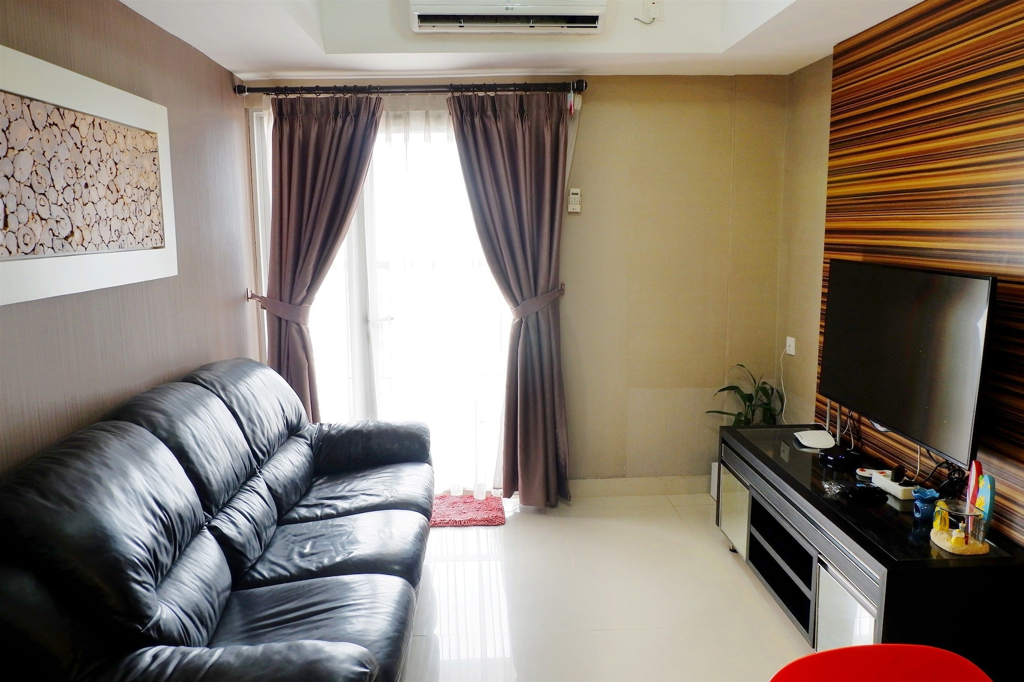 Exclusive 1BR Apartment The Wave Kuningan near Epicentrum, Jakarta Selatan
