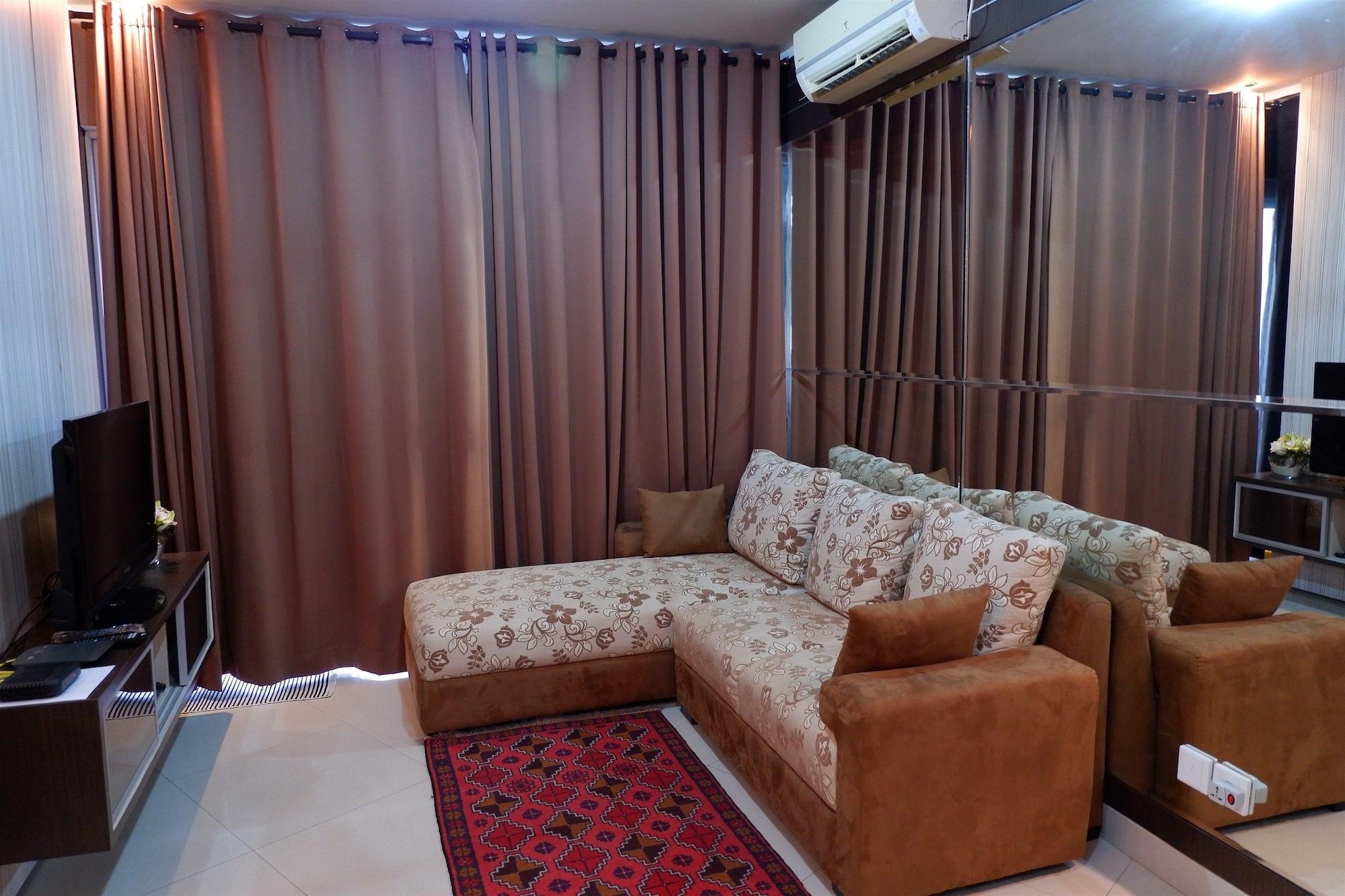 Strategic 2BR Apartment Sahid Sudirman Residences, Jakarta Pusat