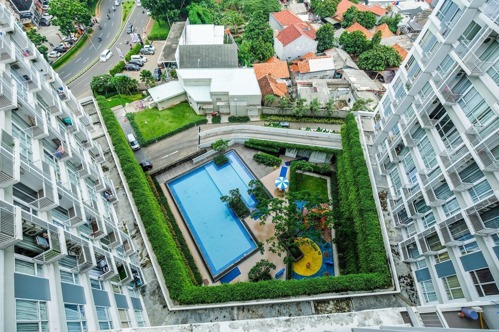 Modern and Chic Studio Altiz Bintaro Residence, Tangerang Selatan
