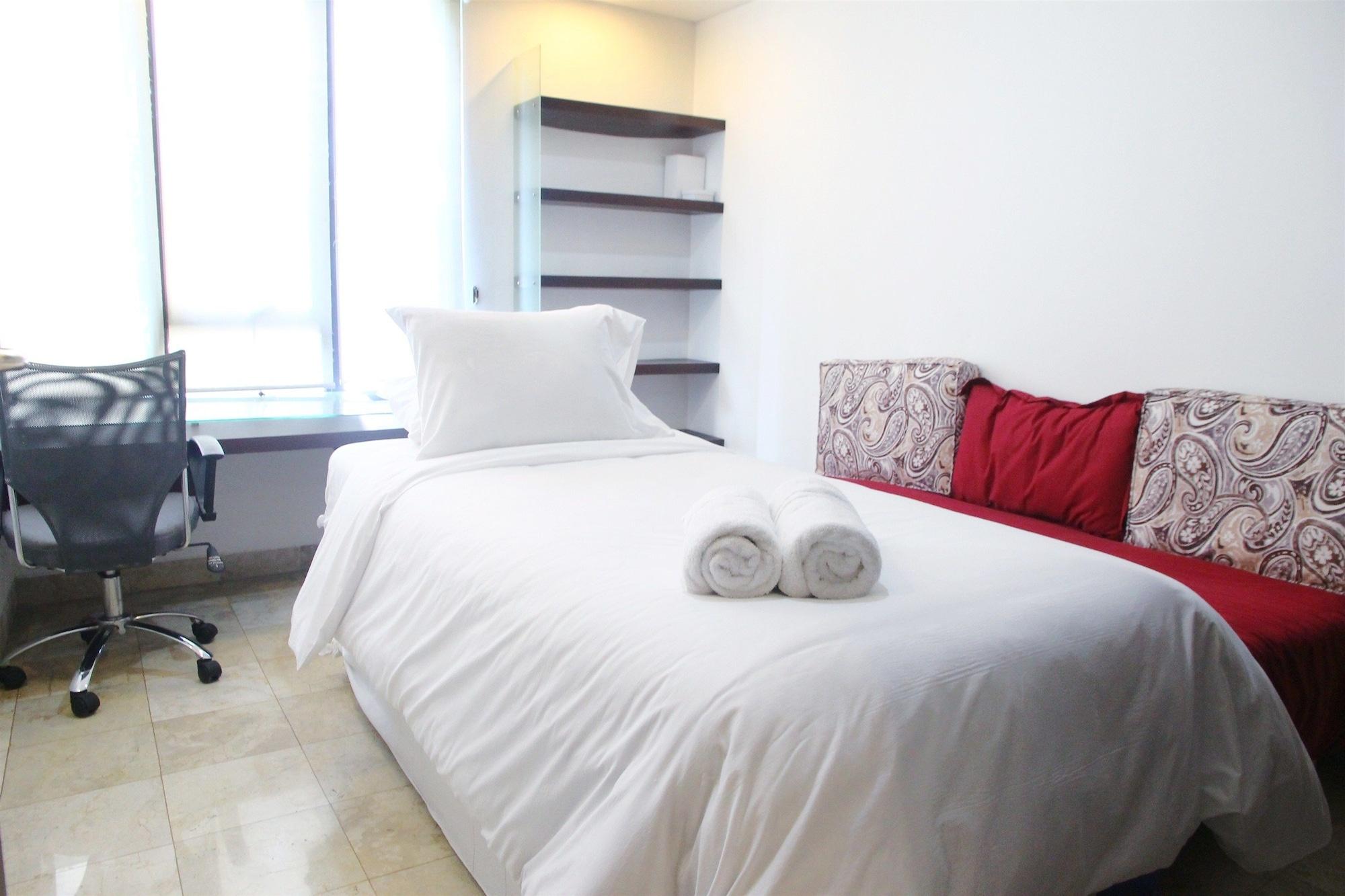 Spacious 2BR Brawijaya Apartment, Jakarta Selatan