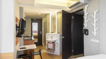 ZEN ROOMS SELAH PODS PASAY Private Kitchen