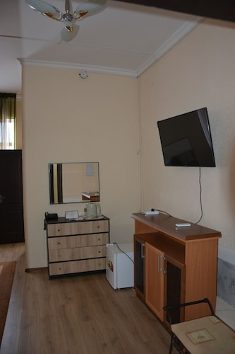 Hotel AishaDeLuxe, Bayzakskiy
