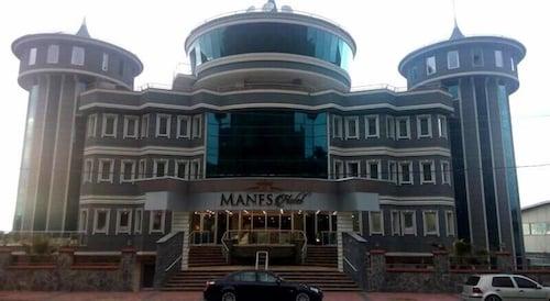 . Rey Manes Hotel