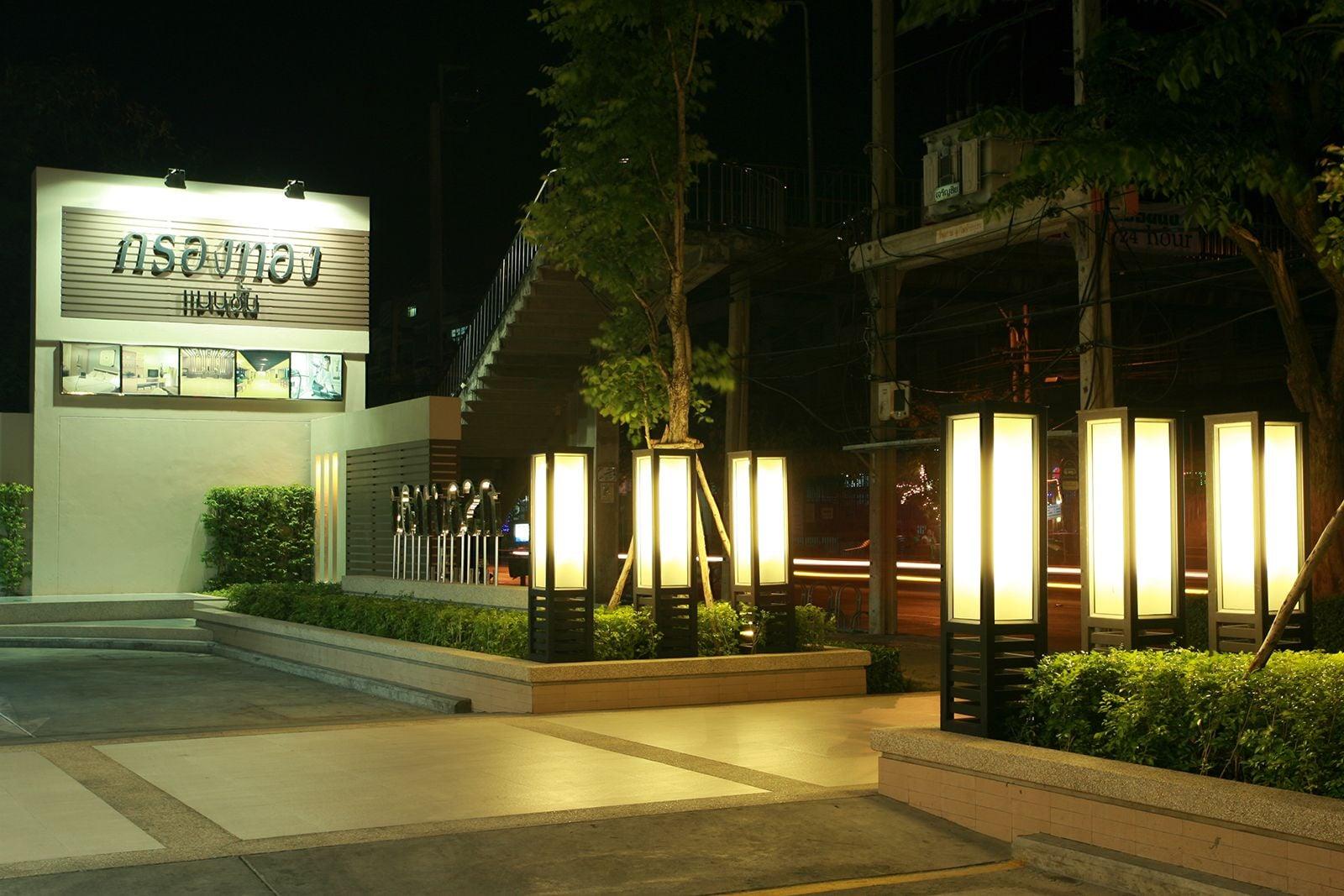 Krongthong Mansion & Hotel, Prakanong