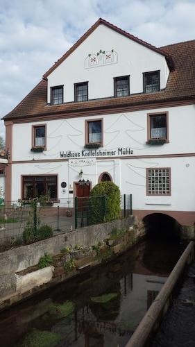 . Waldhaus Knittelsheimer Mühle