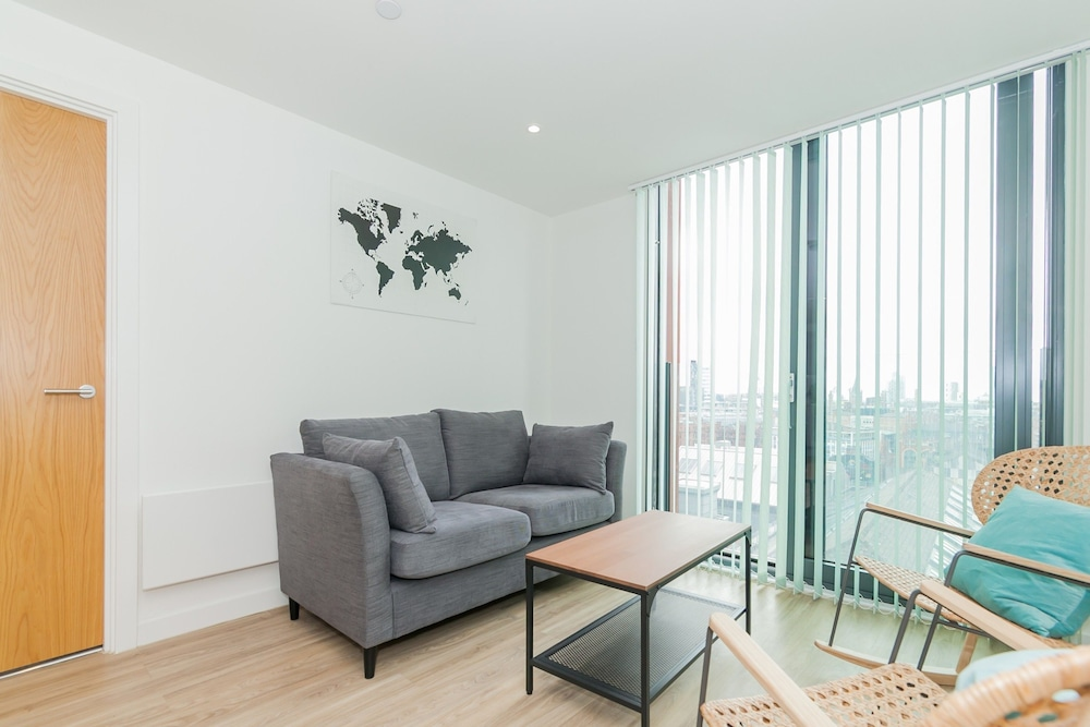 2 Bedroom Apartment With Stunning Views