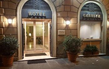 Hotel - Hotel Capitol