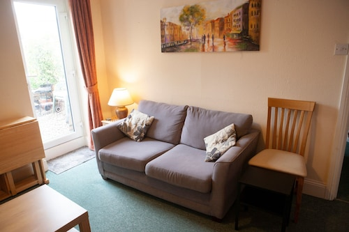 City Of Bristol Apartment With Large Garden, Bristol