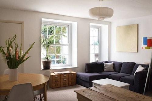 Clifton 1 Bedroom Apartment, Bristol