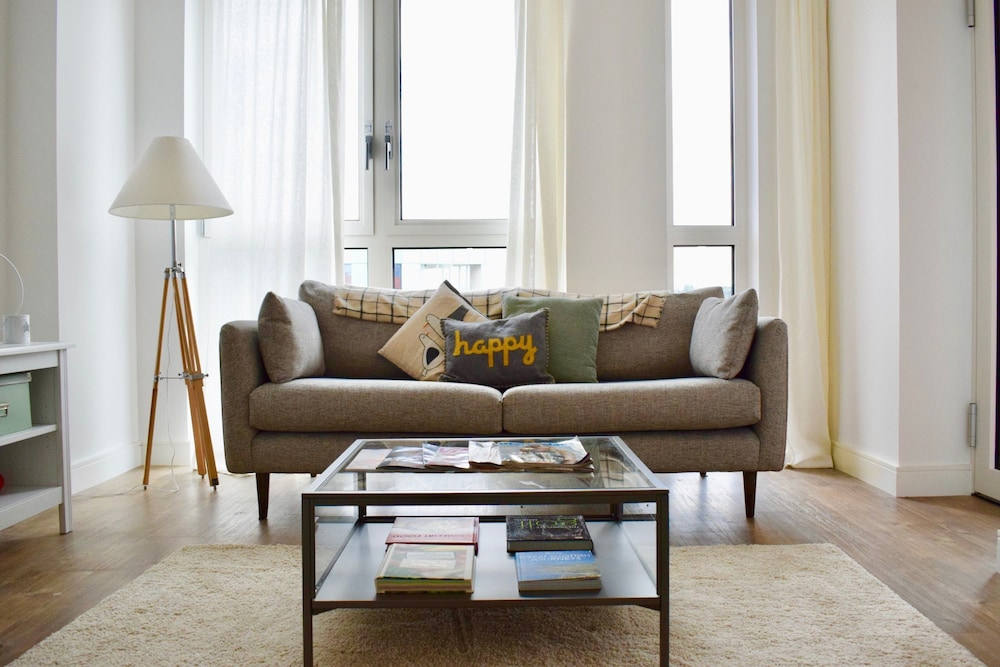 Modern 1 Bedroom Apartment in Greenwich