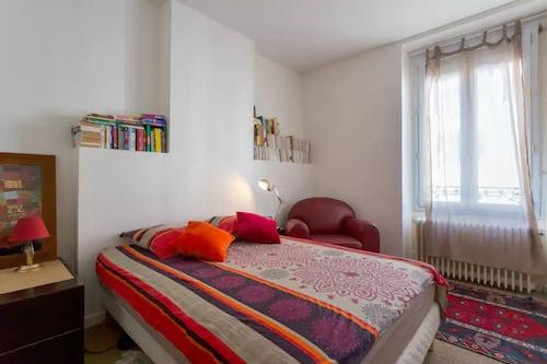 . Appartement le Valmy  proche Saône