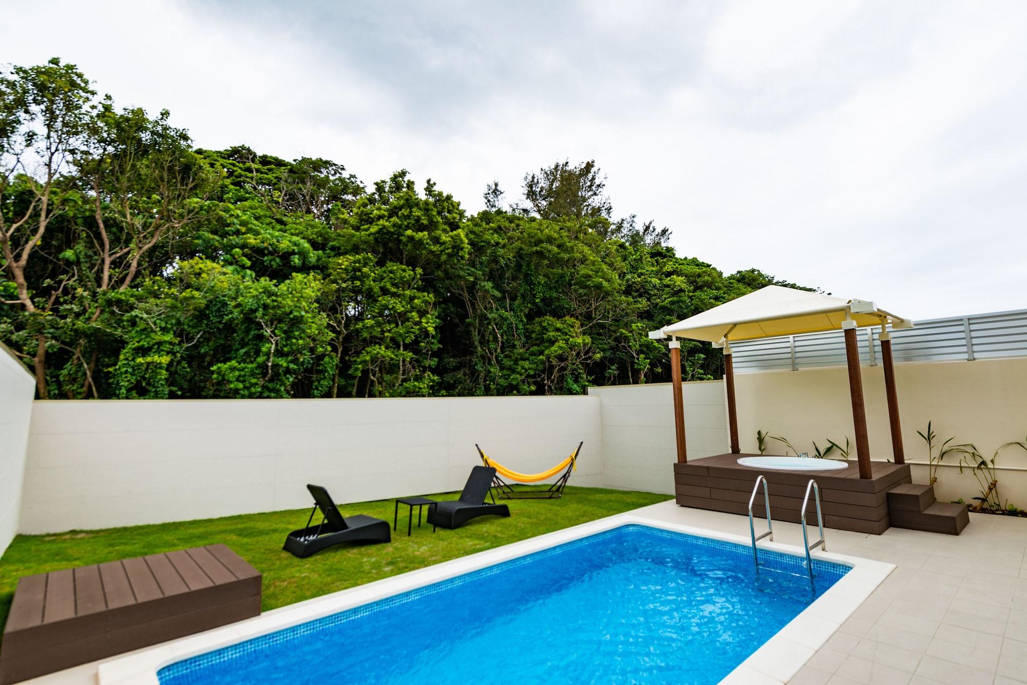 U-MUI Forest Villa Okinawa YAMADA GUSUKU - All-Inclusive, Onna