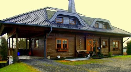 . Ferien Bei Freunden Im Holzhaus