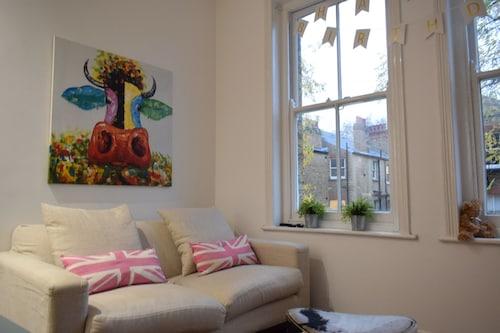 3 Bedroom Apartment in Maida Vale, London