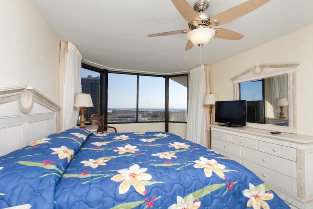 Saida Royale Condominium 9146-47