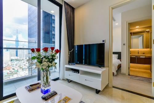 New Star Apartment Vinhomes Ba Son, Quận 1