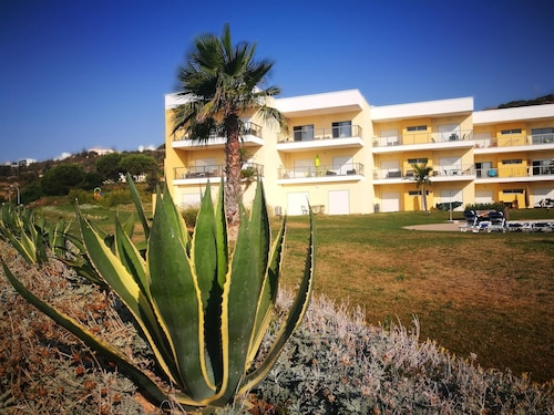 Apartment With 3 Bedrooms in Albufeira, With Wonderful Mountain View,, Albufeira