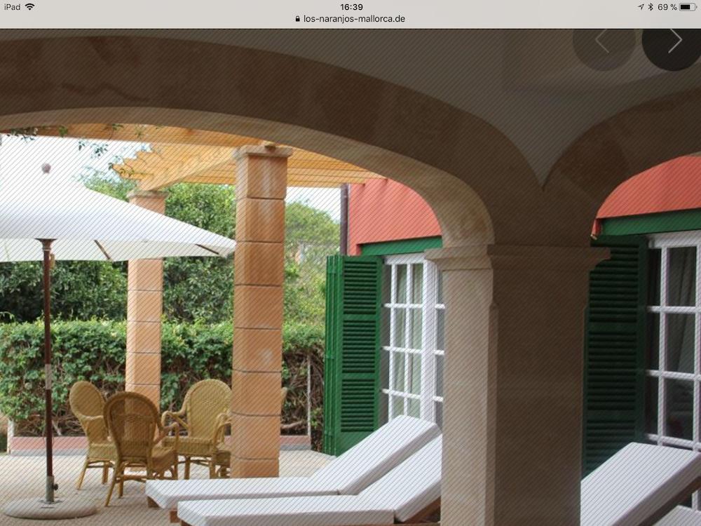https://i.travelapi.com/hotels/34000000/33460000/33456700/33456684/e8cedce5_z.jpg