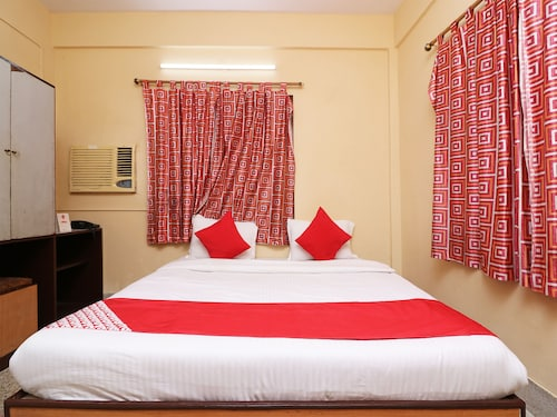 OYO 14232 Behala Guest House, South 24 Parganas