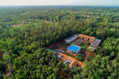 OYO 23039 Home Forest View 1BHK Near Auroville, Viluppuram