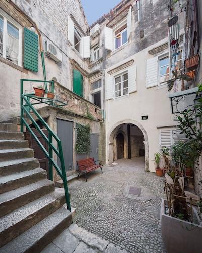 That Place, Trogir