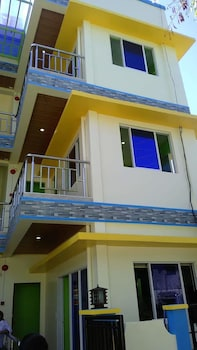 TWIN AP HOMES BORACAY Exterior