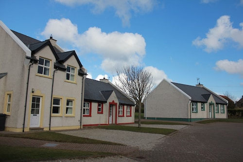 . Giant's Causeway Holiday Cottages
