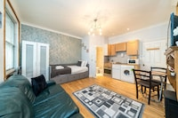 Luxury Studio, 1 Double Bed with Sofa bed, Non Smoking