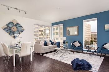 Brand New Downtown LA Luxury Penthouse