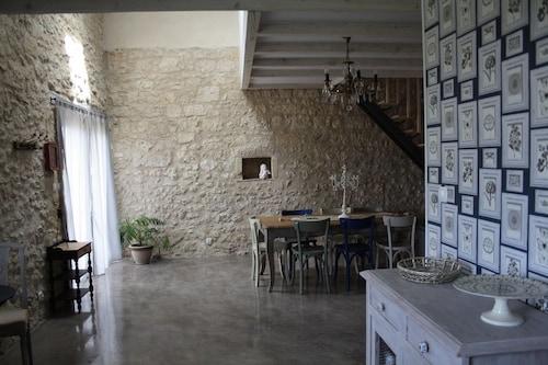 La Grange des Anges, Dordogne