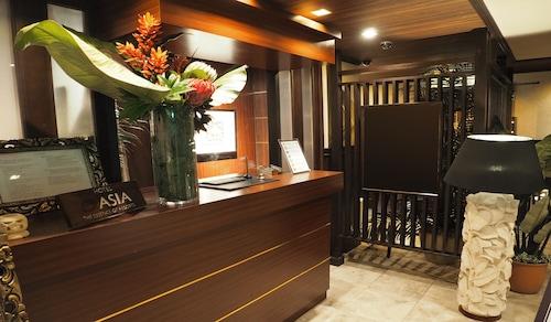Hotel Asia, Gifu